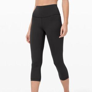 Black high waist capri leggings